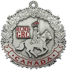 Christmas Ornaments Pewter RCMP / Ornements de Noël Pewter RCMP