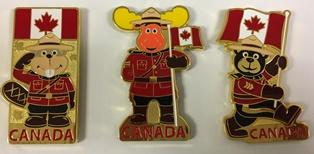 Magnets featuring each of the 3 Canadian icons / Aimants comportant chacune des 3 icônes canadiennes